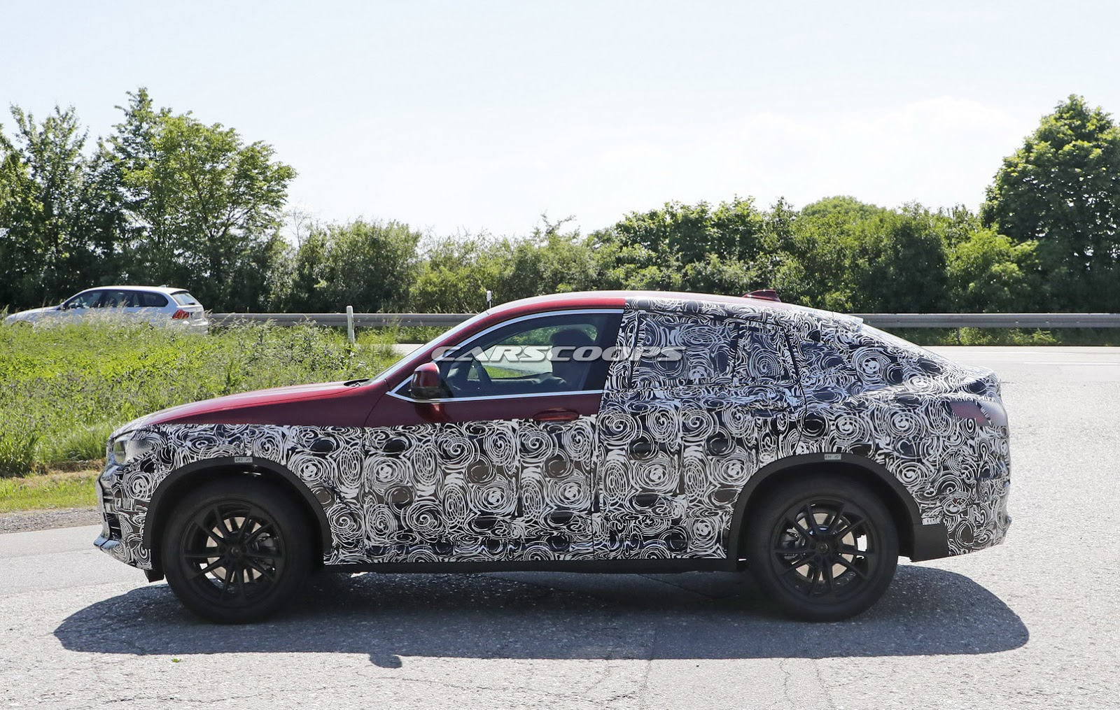 2018 bmw x4 spied what do you think about the new design direction. Black Bedroom Furniture Sets. Home Design Ideas