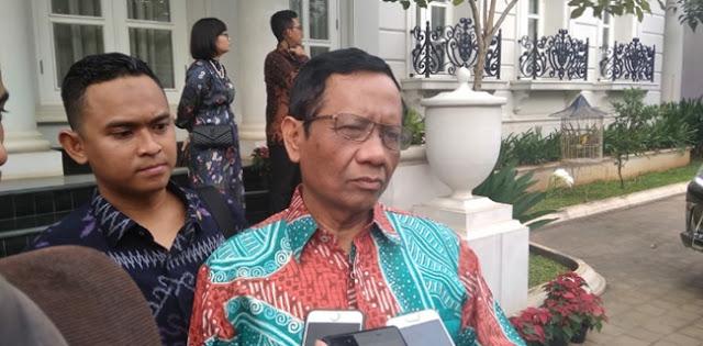 Daerah Meronta-ronta, Mahfud MD Kini Pertimbangkan Lockdown Pakai PP