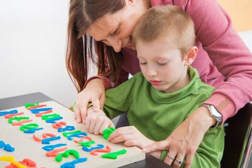 Atividade remota para Educação Infantil com massinha de modelar