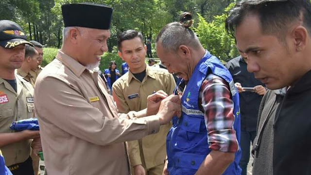 "Komunitas Pemusik Jalanan Kota Padang ""Sahabat Tagana"""