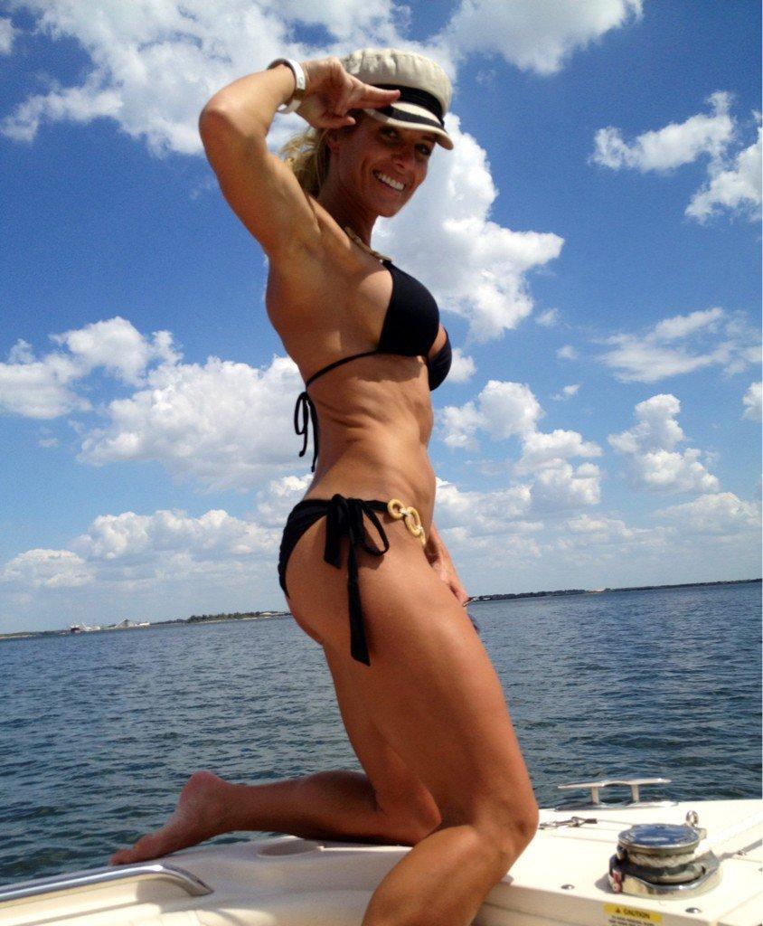 Torrie Wilson Sexy Pics