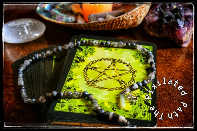 Foresight Friday Reading using the Flower Magic Oracle