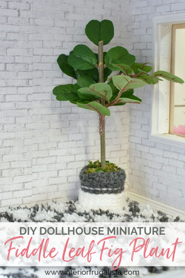 How to make an easy miniature fiddle leaf fig plant with dollar store floral picks plus an on trend Boho-style knit plant pot cover for a dollhouse. #miniatureplants #dollhouseminiatures #dollhousediyideas #dollhouseplantsdiy