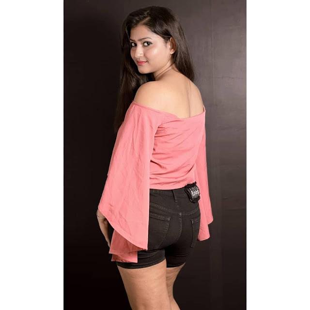 Bollywood Model Amritaa Abrozz Lastest Hot Pics Actress Trend