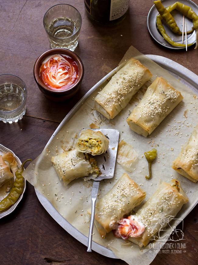 Marokańska pastilla wegetariańska z kuskusem, cukinią i marchewką