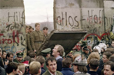 Jatuhnya Tembok Berlin