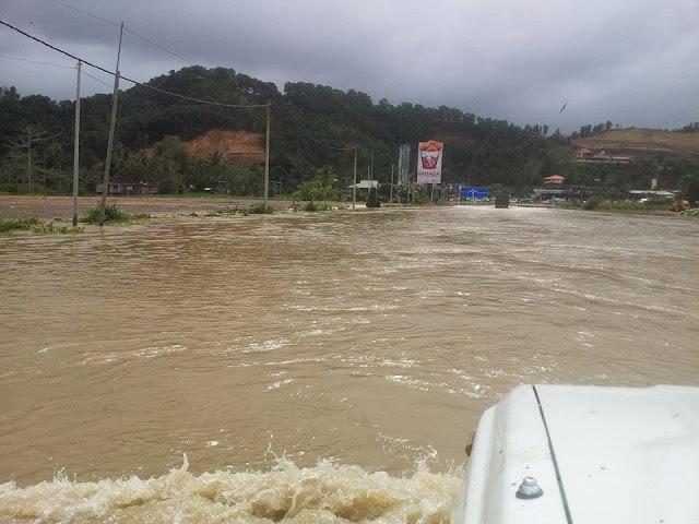 banjir di kb