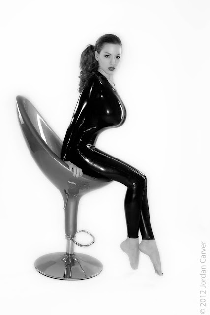 Jordan-Carver-Sandine-Hot-Photoshoot-in-Catsuit-356315