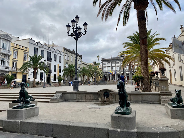 Dog statues in the Plaza de Santa Ana, Las Palmas, Gran Canaria, Spain