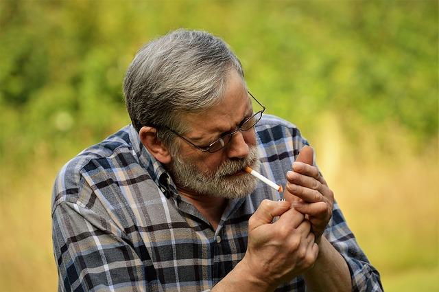 सिगरेट-तम्बाखू में क्या-क्या होता है क्या आप जानते हैं