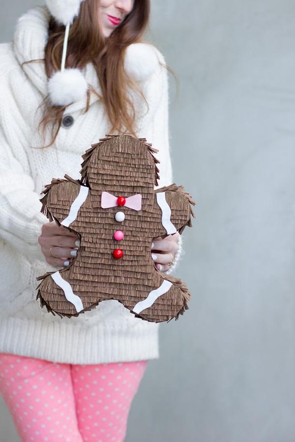 caja con forma de galleta o piñata