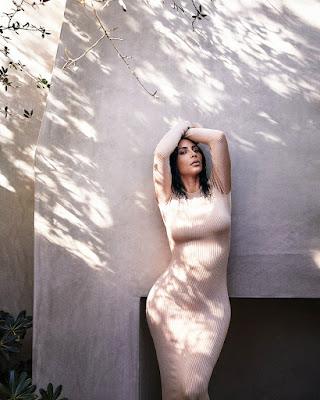 cewek seksi dan hot manis Kim Kardashian