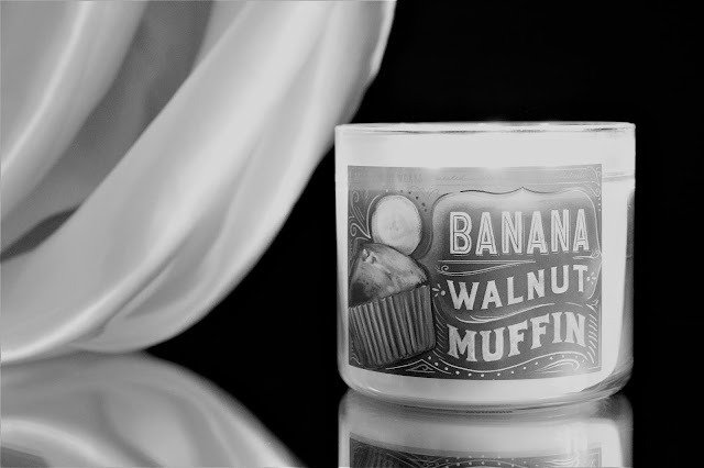 bath & body works banana walnut muffin avis, bath body works banana walnut muffin, banana walnut muffin candle, banana walnut muffin candle, bougie parfumée à la banane, bougie parfumée, bougie bath and body works, bath and body works candles, bath and body works candles review, candle review, scented candle, avis bah & body works