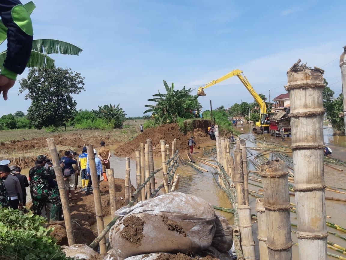 Pembangunan Tanggul Darurat Kali Gelis Kudus Dipercepat