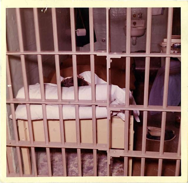 Inside Alcatraz The Hole Could the Alcatraz Esc...
