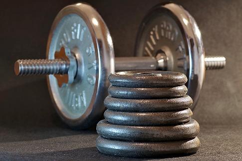 pixabay.com/en/sport-gym-fitness-bodybuilding-2726735