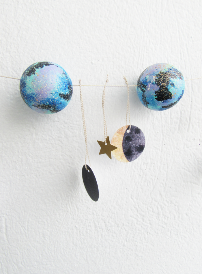 Valentina Vaguada: doy, galaxy, space, party, invitation, galaxy garland, craft, birthday ideas, birthday crafts