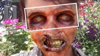 Diventa uno zombie (in foto) con l'app Walking Dead Yourself