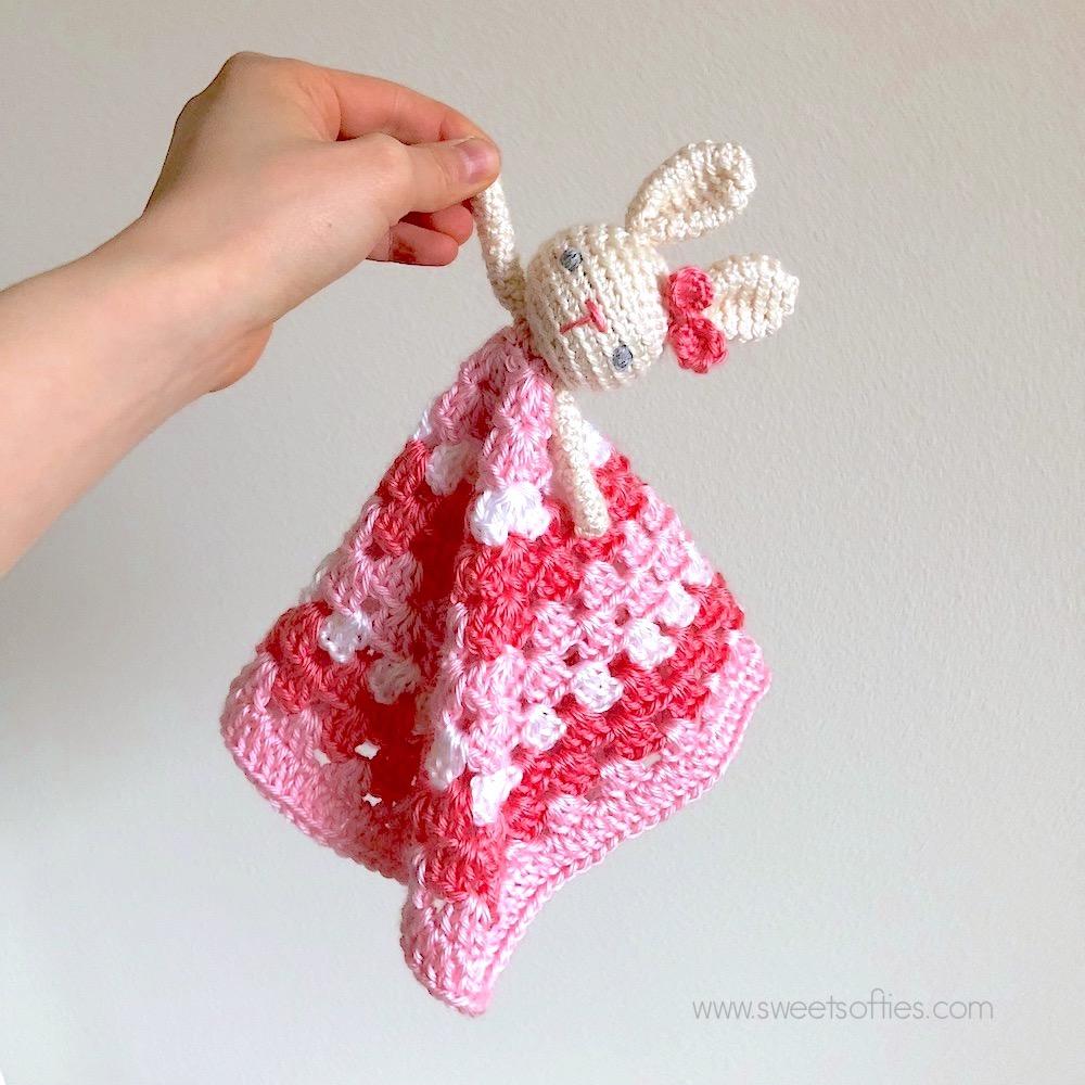 Bunny Lovey (Free Crochet Pattern) - Sweet Softies | Amigurumi and ...