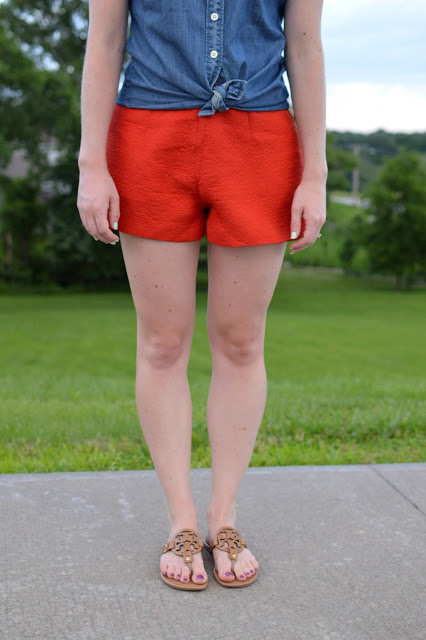 ideas for how to style brightly colored shorts | what to wear with orange shorts |  new ways to style a chambray top | tory burch miller sandals | summer outfit ideas | cute outfit ideas for summer |  what to wear this summer |