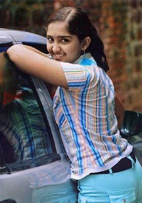 Malayalam hot actress Sanusha images