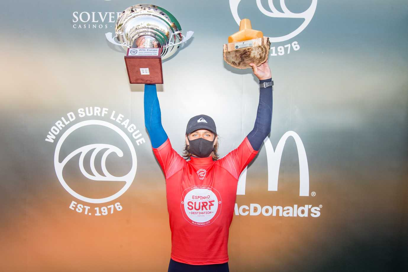 surf30 European junior Champion podium. Kauli Vaast %2528FRA%25299518EspinhoProJR2020Masurel