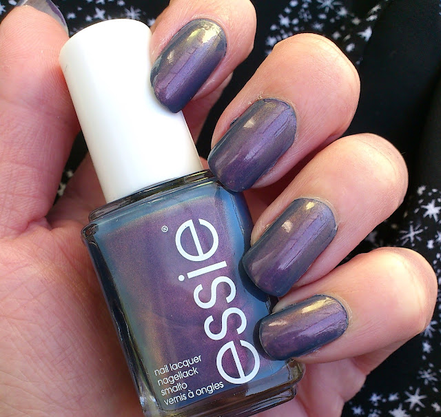 Review-Essie-blue-tiful-horizon