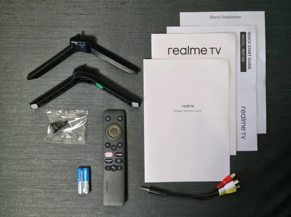realme Smart TV Retail Package