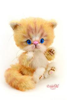 Artist teddy kitten, ooak cat, handmade kitten, NatalKa Creations, teddies with charm, Teddy Katze, Teddy Kater, white kitten