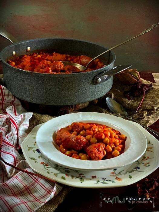 preparacion-receta-garbanzos-butifarra