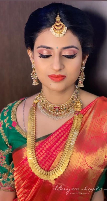 Pretty Brides in Kasuharam Kundan Choker