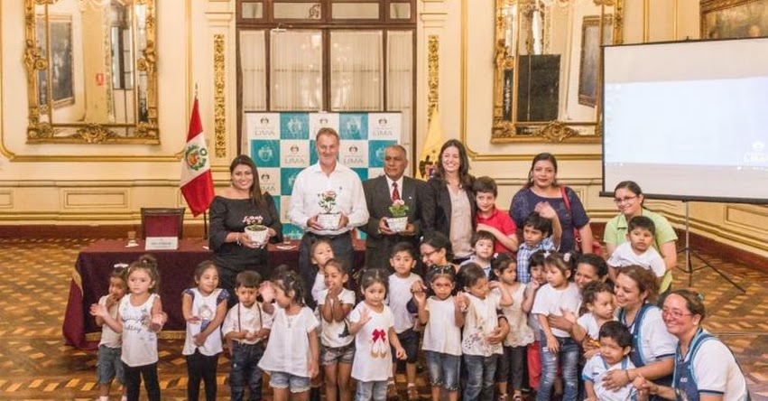 Alcalde de Lima inauguró Escuela de Producción de Espacio Público «Barrio y Niñez» www.munlima.gob.pe