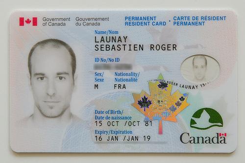 امتيازات بطاقة الاقامة الدائمة في كندا