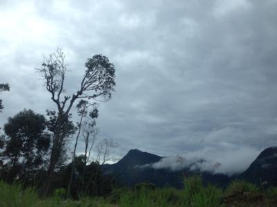 Gunung Yong Belar