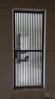 jasa pembuatan pintu besi rumah surabaya sidoarjo dan sekitarnya