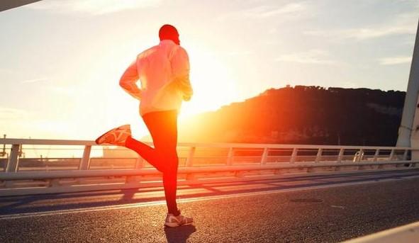 Ingin Tetap Olahraga Lari Saat Puasa? Simak Tips Berikut