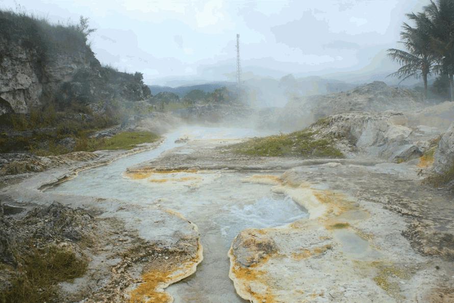Pemandian Air Panas Sipoholon Memiliki Keindahan Yang Katanya Mirip Pamukkale di Turki