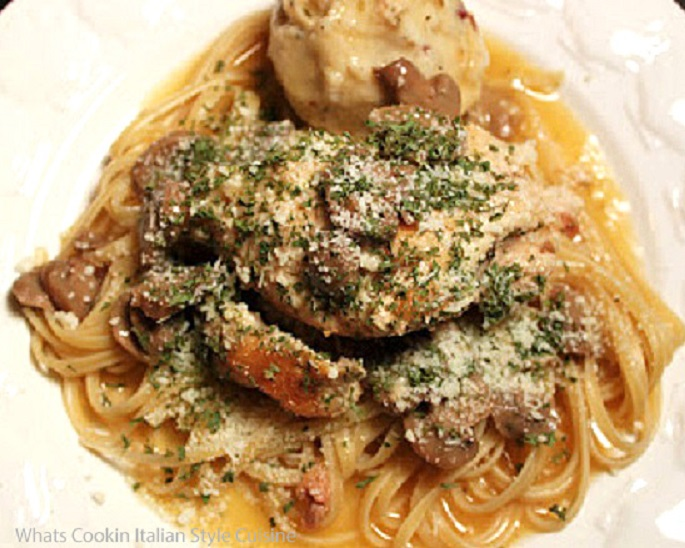 this is how to make scallopini with chicken or turkey cooked in a white plate over linguine pasta