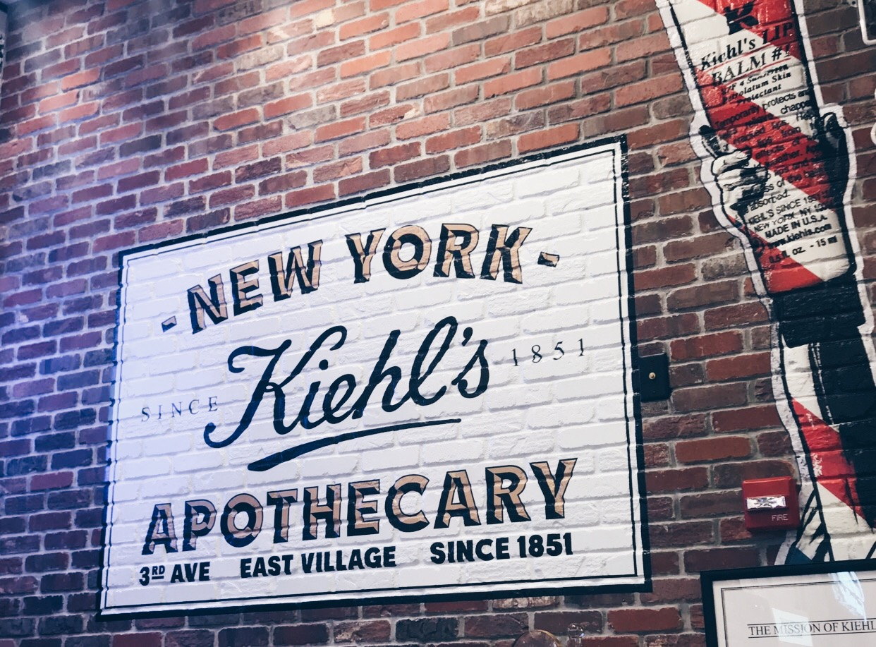 The-Grand-Opening-Of-Kiehls-Disney-Springs-Orlando-Vivi-Brizuela-PinkOrchidMakeup