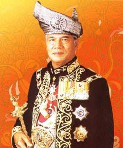 Image result for Al-Marhum Tuanku Sultan Azlan Muhibbuddin Shah ibni Al-Marhum Sultan Yussuf Izzuddin Shah Ghafarullahu-lah