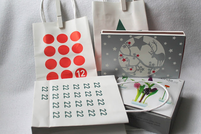 Adventskalender in Tueten von design3000