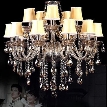 Điểm qua những mẫu đèn chùm thủy tinh cao cấp tuyệt đẹp cho phòng khách