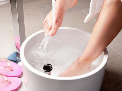 التخلص من البرد الشديد في اليدين والقدمين