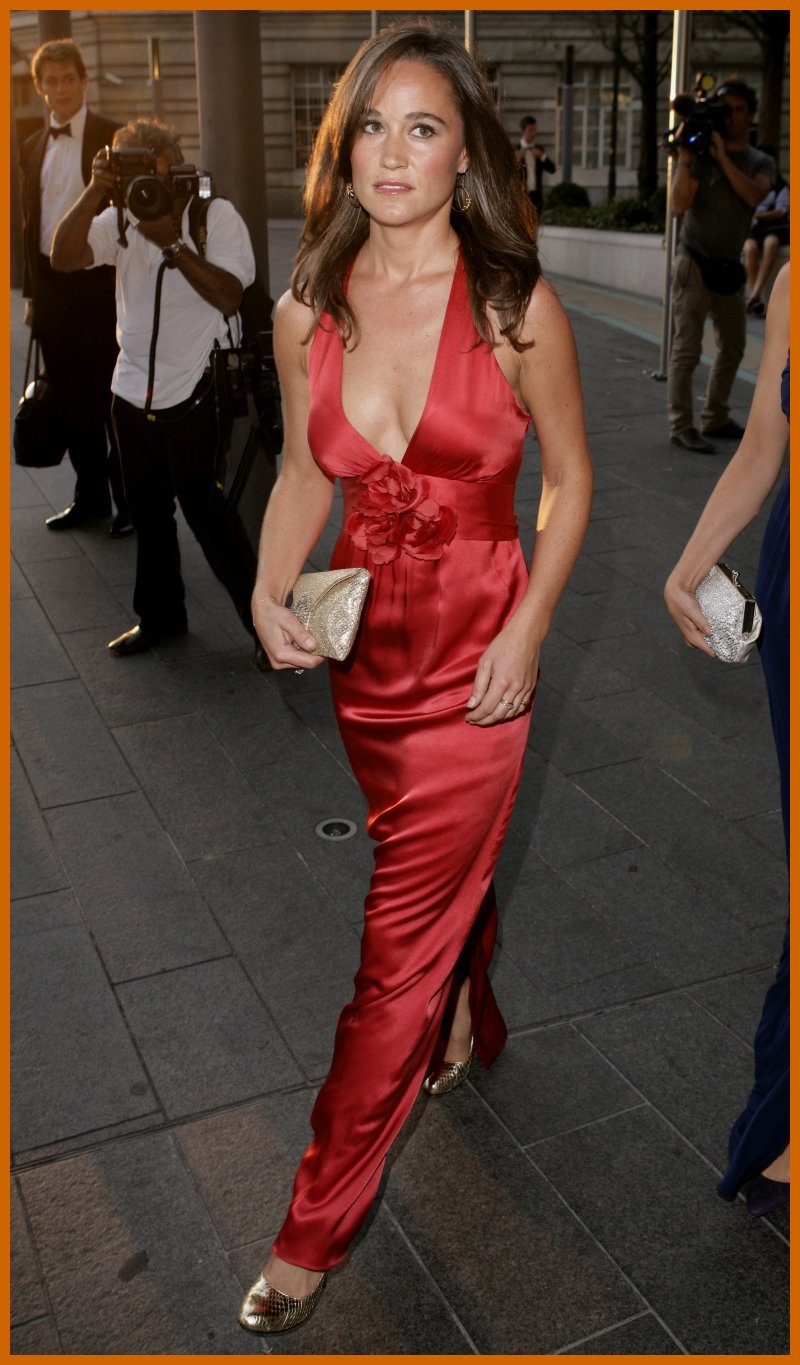 Pippa Middleton Looking Gorgeous in Red Dress | Famous ...