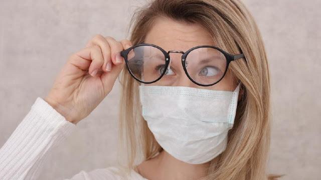 4 Cara Atasi Kacamata Berembun Ketika Menggunakan Masker