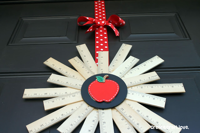 Back to School Ruler Wreath via createcraftlove.com #backtoschool #wreath #rulerwreath