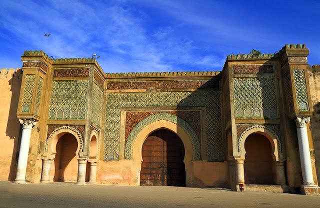 Bab al-Mansour di Meknes