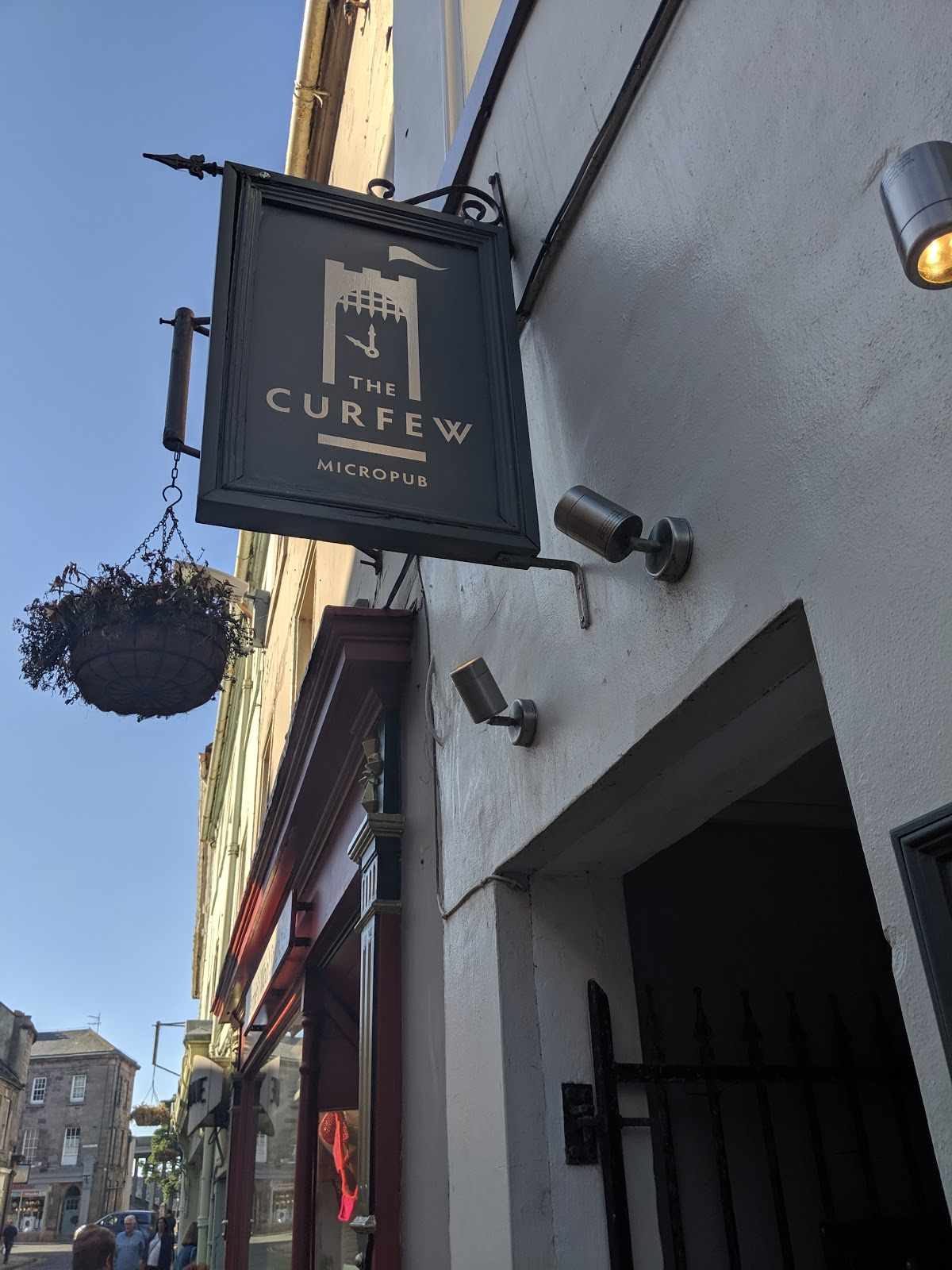 Things to do in Berwick - the curfew micropub