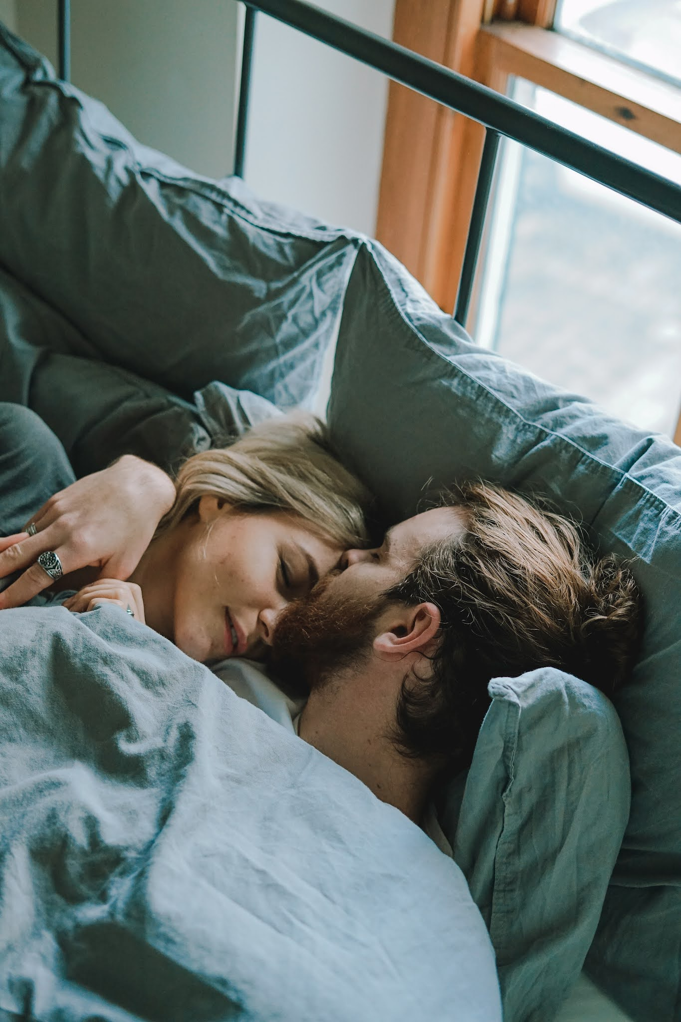 How to Comfort Your Partner When He's Feeling Down