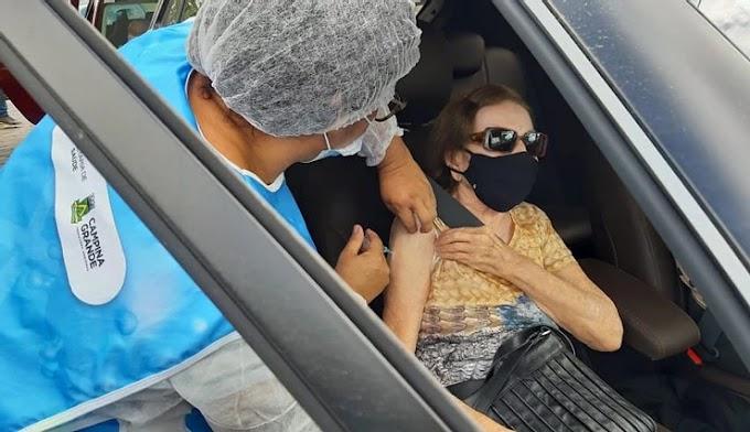 Secretaria de Saúde de CG restabelece estratégia de vacinação para idosos de 80 a 89